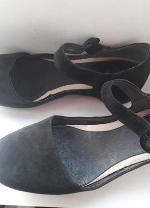 Удобные туфли на скрытом каблуке .размер 38