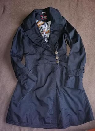 Пальто із плащовки