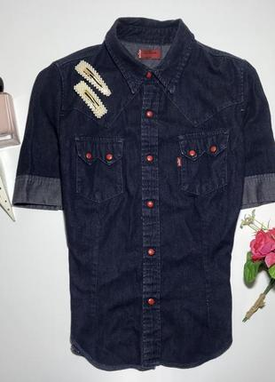Джинсовая рубашка levi's оригинал  м