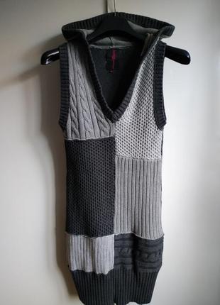 Теплый длинный жилет платье