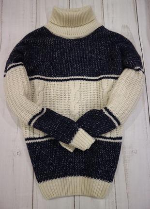 Объёмный свитер с горлом  100% шерсть, m-xl
