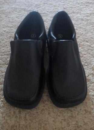 Туфли на мальчика р.26