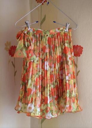 Красивая плиссированная юбка