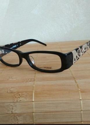 Фирменная черная оправа с камнями swarovski оригинал очки g.ferre gf359 01