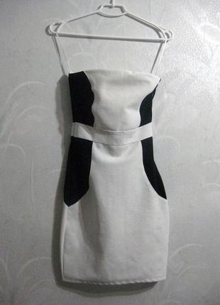 Платье белое с чёрным бандажное обтягивающее облегающее комбинированное