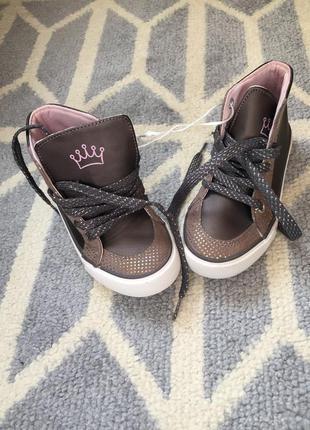 Стильные ботинки под кеды на девочку