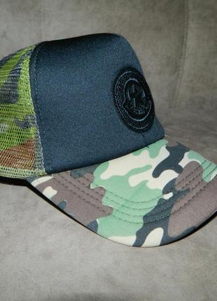 Бейсболка кепка новая летняя унисекс 56-58 камуфляж с черным тракер snapback