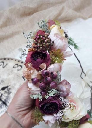 Венок на голову в фиолетовых и розовых оттенках