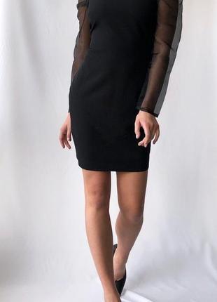 Платье с рукавами из органзы