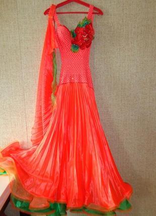 Платье стандарт для бальных танцев с кристаллами swarovski