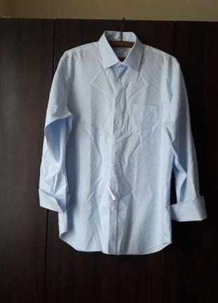 Голубенька сорочка на запонках