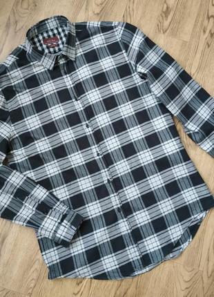 Теплая мужская рубашка в клетку черно-белая клетка тренд 2020