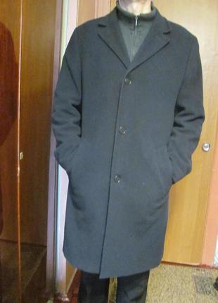 Кашемировое пальто фирмы mark spencer collezione