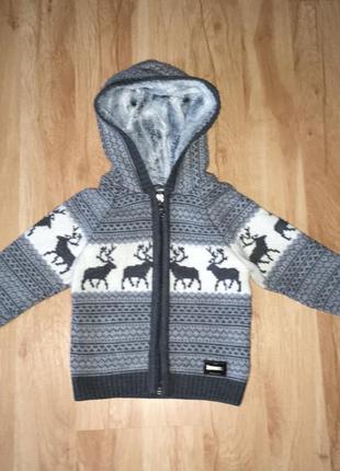 Очень тёплая кофта с оленями для мальчика,2-3 года