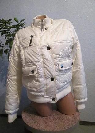Курточка пуховик белая утепленная
