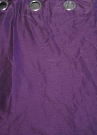 Штори  бордового цвета новие,  два полотна размер  - в 185 см, ш 170 см, плотние