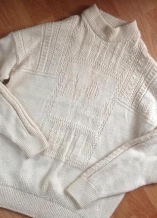 Теплый шерстяной свитер woolmark