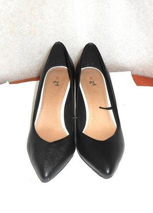 Классические туфли лодочки от бренда tu, р.37 код t3819