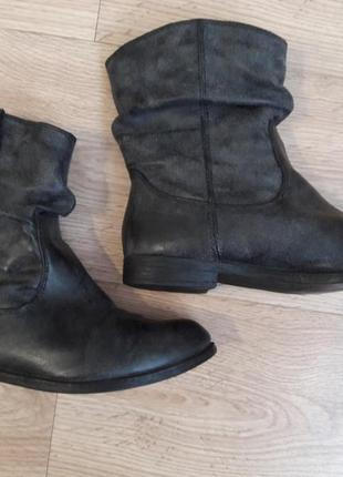 Невероятно стильные и удобные кожаные ботинки. plato