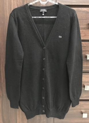 Шерстяной кардиган бренда escada, 100% шерсть. оригинал. размер м.