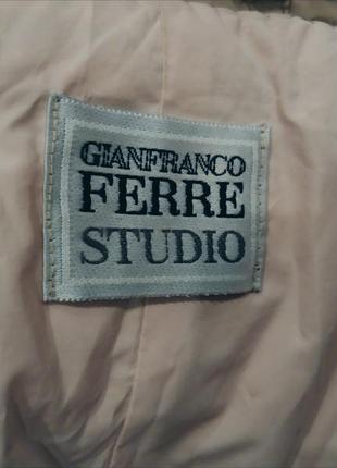 Пуховик куртка пальто бежевое ferre