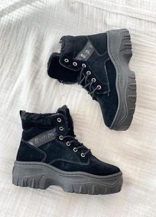 Ботинки зимние black