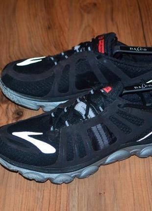 Продам кроссовки brooks - 42 размер