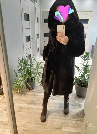 Шикарная норковая шуба блэк лама