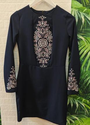 Платье фолк мода/вышитое платье