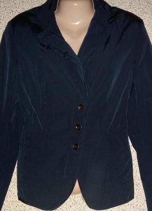 Стильный,модный  жакет пиджак от бренда marc aurel.оригинал