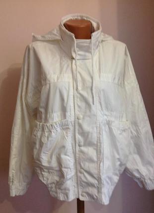 Lacoste- xl- легкая брендовая курточка- бомбер.