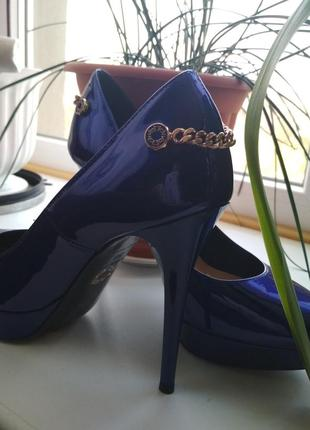 Туфлм женские