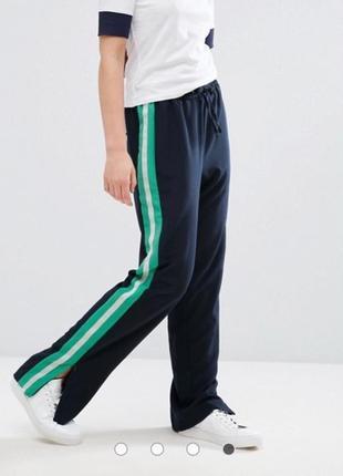 Широкие брюки с полосой сбоку monki