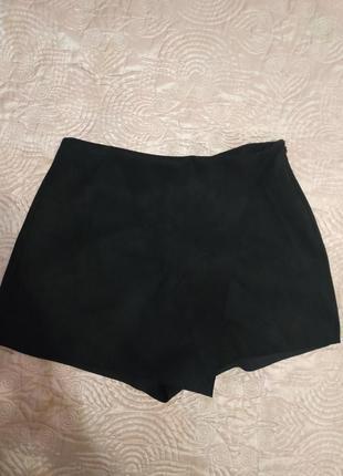 Замшевые шорты-юбка от zara