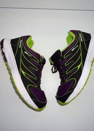 Salomon яркие фирменные кроссовки, размер 36