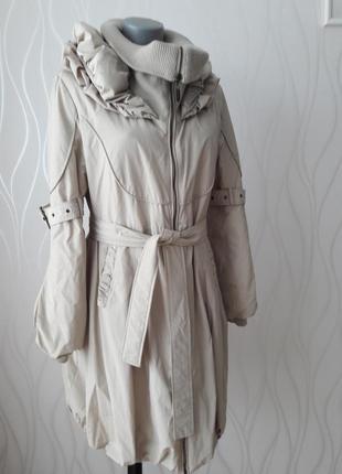 Идеальное красивое, очень теплое, милое пальто нежно бежевого цвета