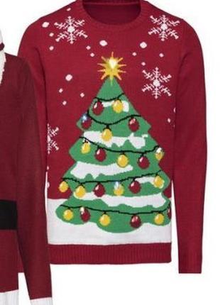 Шикарный новогодний свитер  р. м-л  48-50 !светится разноцветными лампочками !1 фото