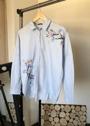 Рубашка с вышивкой и спущенным плечевым швом , оверсайз