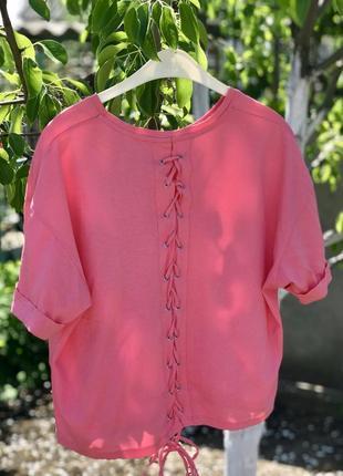 Укороченная футболка, топ со шнуровкой на спине stradivarius