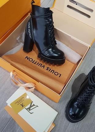 Ботинки кожаные осенние демисезонные премиум на каблуке луи