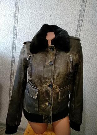 Кожаная куртка, бомбер, на меху.