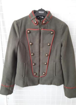Кашемировая курточка в милитари стиле