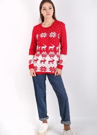 Новогодний свитер с оленями и снежинками pure fashion
