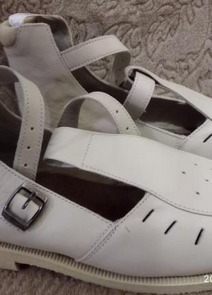 Подростковые ортопедические ботинки.