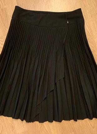 Черная юбка плиссе / плиссированная юбка