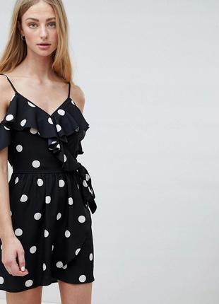 Міні-сукня в з воланом в горох