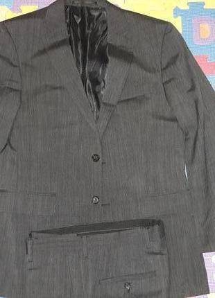 Чоловічий костюм pierre cardin (оригінал)
