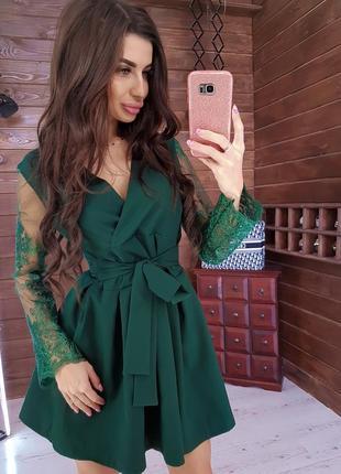 Платье платице с пышной юбкой и кркжевными рукавами