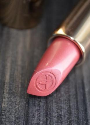 Скидка ! ультрапигментированная губная помада grand rouge тон 112 ив роше