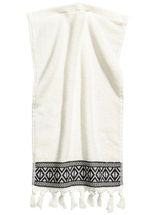 Гостевое полотенце из махрового хлопка 30 на 50  шведского бренда h&m